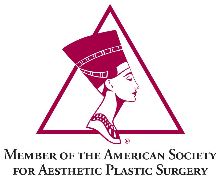 Miembro de la Sociedad Americana de Cirugía Plástica Estética